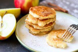Placki z jabłkami – smaki dzieciństwa