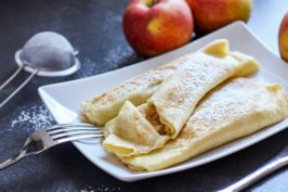 Naleśniki z jabłkami i cynamonem